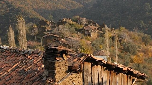 Hayalet köy olarak bilinen Lübbey fotoğraflandı.