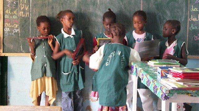 Senegal'deki 6 FETÖ okulu TMV'ye devrediliyor