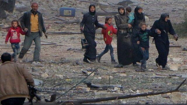 30 yaş altı yaklaşık 40 şair, ülkelerindeki insanları katliama tepki göstermeye, Halep için bir şeyler yapmaya davet etti.