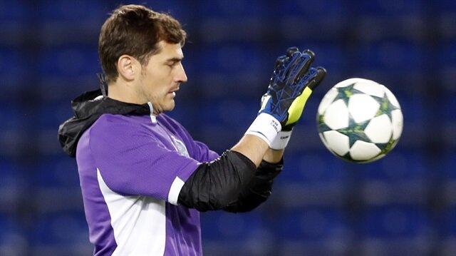 35 yaşındaki tecrübeli kaleci bu sezon Porto formasıyla 23 maça çıktı.