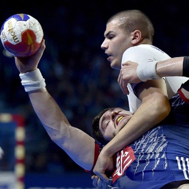 روسيا البيضاء تتأهل لثمن نهائي المونديال