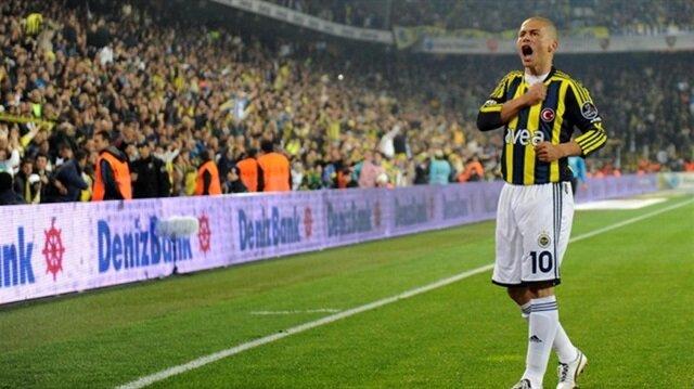 Alex de Souza, 2004-2012 yılları arasında Fenerbahçe forması giymişti.