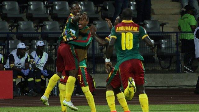 Kamerun'la Mısır finalde eşleşti
