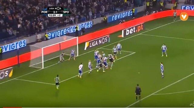 Portolu Iker Casillas'ın Sporting Lizbon maçında yaptığı kurtarış geceye damga vurdu.