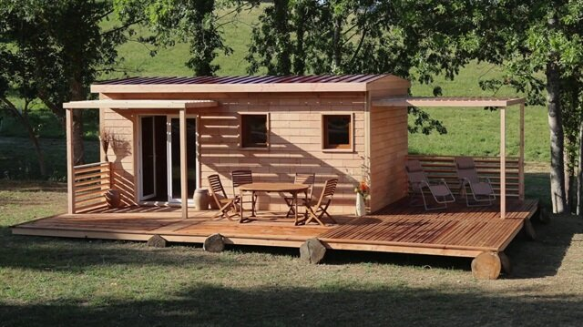 Log Cabin Storage Shed