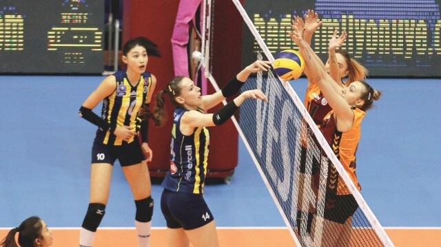 Vestel Venus Sultanlar Ligi'nde haftanın maçı Fenerbahçe ile Galatasaray arasında oynandı.