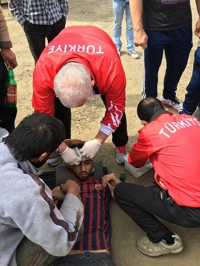 Yaralılara ilk müdahale Milli Takım doktorundan geldi.