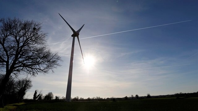 A finished wind turbine complex is shown i