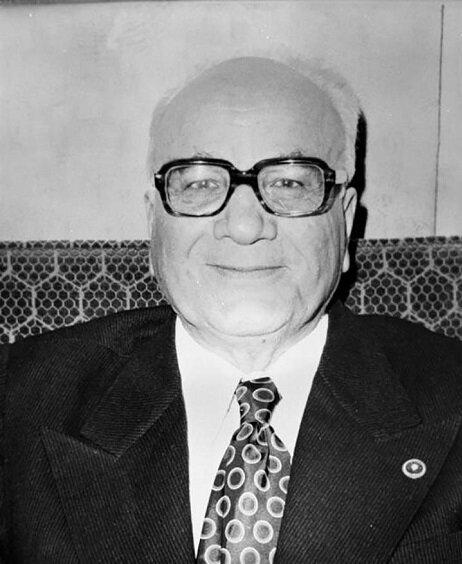CHP-MSP koalisyon hükümetinin dağılmasından sonra Sadi Iramk başkanlığında bir geçici hükümet kuruldu.