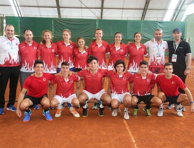 Okyanus Koleji'nden Türkiye'ye teniste çifte zafer