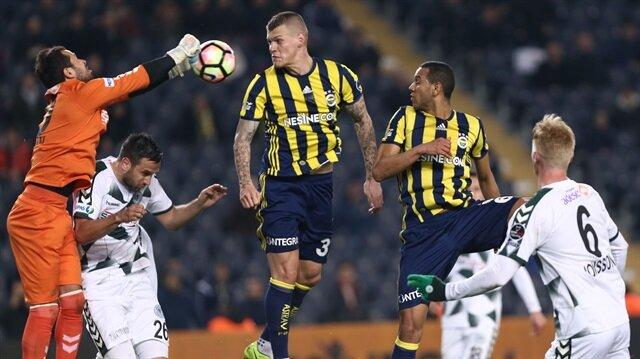 Fenerbahce v Atiker Konyaspor - Turkish Spor Toto Super Lig