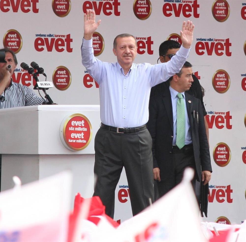 AK Parti Genel Başkanı Erdoğan, Bursa'da halka seslendi.