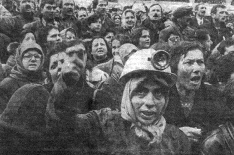 4 Ocak 1991'de Zonguldak'ta 100 bin kişi yürüdü.