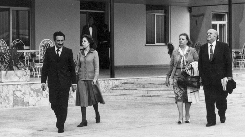 Darbeciler Bülent Ecevit ve Süleyman Demirel için Hamzaköy Gelibolu'yu adres gösterdi. (BYEGM arşivi)