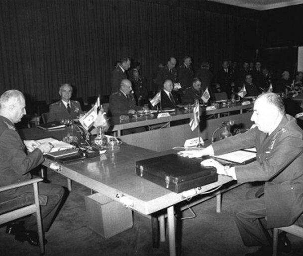 Milli Güvenlik Konseyi yasama, yürütme ve yargıyı tek elde topladı.