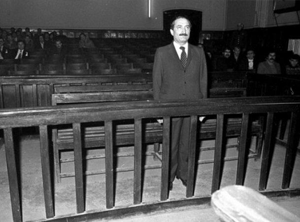 Parti liderleri askeri üstlerde gözetim altında tutuldu, ardından da yargılandı. (BYEGM arşivi)