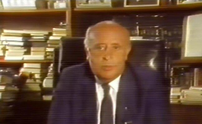 Süleyman Demirel'in televizyon konuşmasından bir kare.