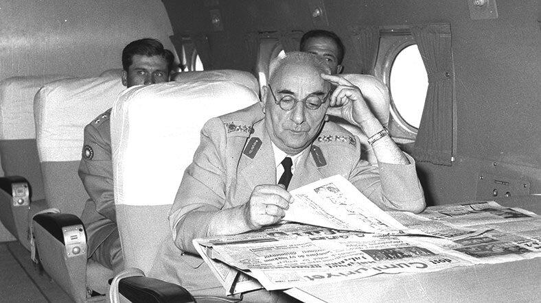 Cemal Gürsel Türkiye'nin ilk askeri darbesinin lideriydi. (BYEGM arşivi)