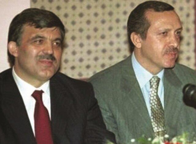 Recep Tayyip Erdoğan ve arkadaşları AK Parti'nin kuruluşunu açıkladı.