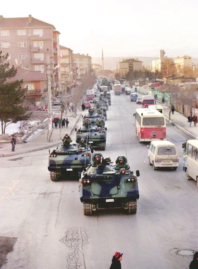 MGK kararları öncesinde Sincan'da yürütülen tanklar darbe mesajı olarak medyada yer bulmuştu.n