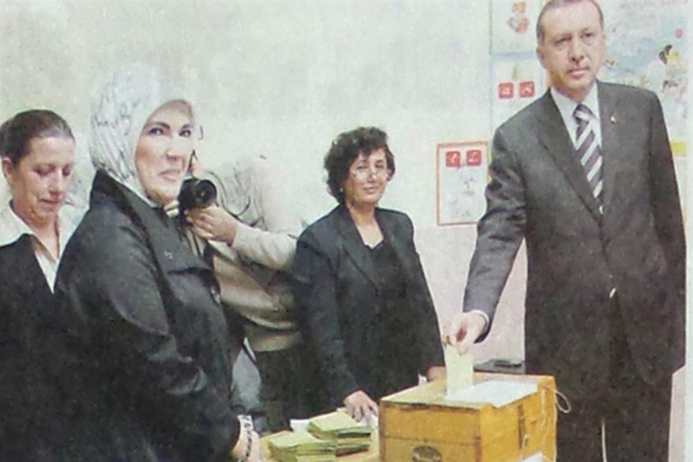 Recep Tayyip Erdoğan, İstanbul'da oy kullandı.