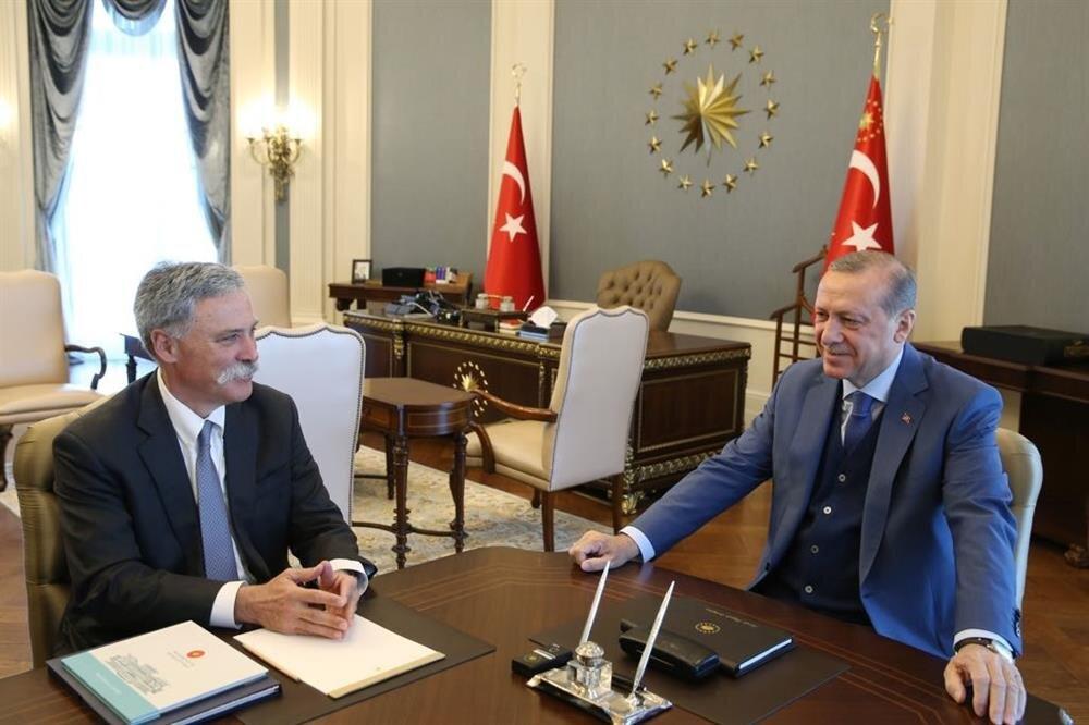 Cumhurbaşkanı Erdoğan, dün F1 CEO'su Carey'i Külliye'de kabul etmişti.