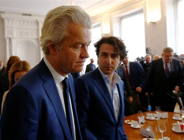 Racist Dutch politicians threaten to revoke citizenship of Turkish 'Yes' voters