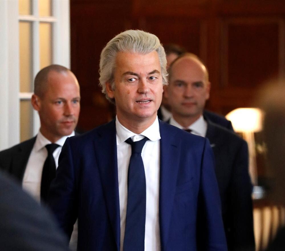Irkçı lider Wilders, referandumda sonra Türkleri hedef aldı.