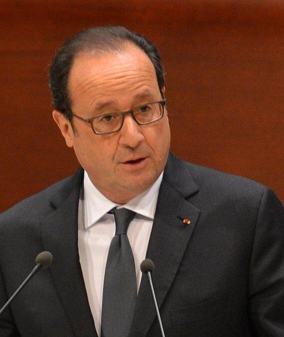 Fransa Cumhurbaşkanı Hollande, referandumdan sonra Türkiye'yi hedef aldı.