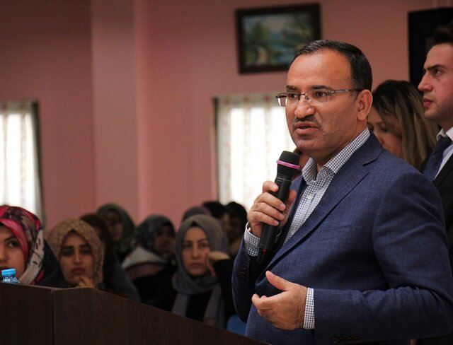 Bakan Bozdağ: CHP yenilgisine mazeret arıyor