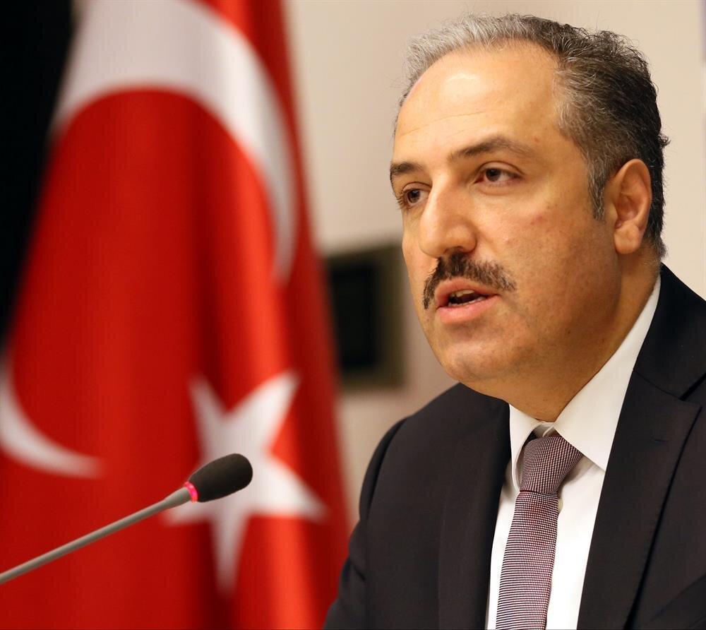 İnsan Haklarını İnceleme Komisyonu Başkanı Mustafa Yeneroğlu, yenisafak.com'un sorularını yanıtladı.