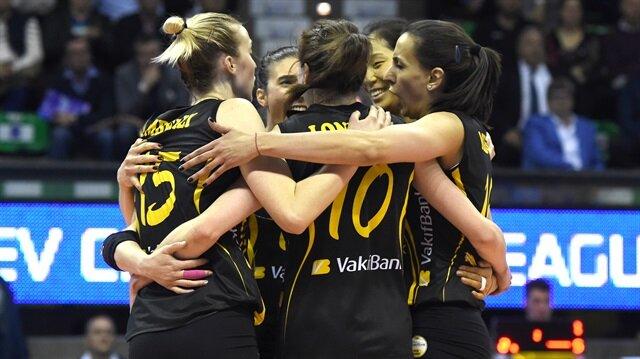 Vakıfbank, CEV Şampiyonlar Ligi finalinde Imoco Volley'i 3-0 yenerek Avrupa şampiyonu oldu.