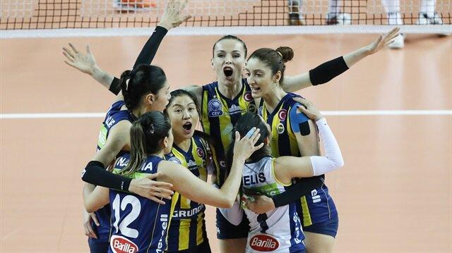 Voleybolda Vestel Venus Sultanlar Ligi'nde Fenerbahçe 2016-2017 sezonunun şampiyonu oldu.