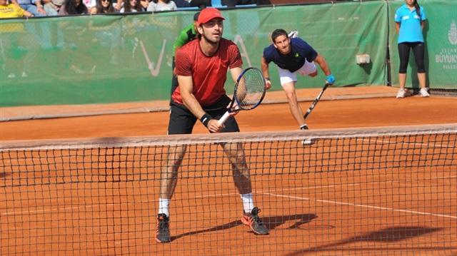 Tuna Altuna'dan teniste tarihi başarı