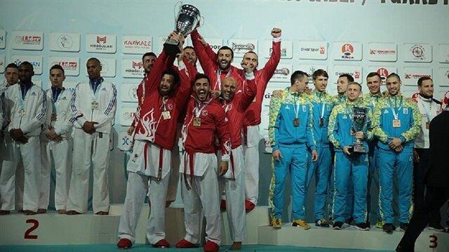 Kocaeli'deki Avrupa Şampiyonası'nın son gününde erkek kumite takımı 2015 yılının ardından bir kez daha şampiyonluğa ulaşırken Türkiye genel sıralamada tarihi bir başarıya imza attı.