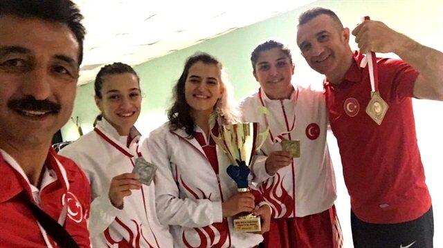 Polonya'da ring kırmızı-beyaz