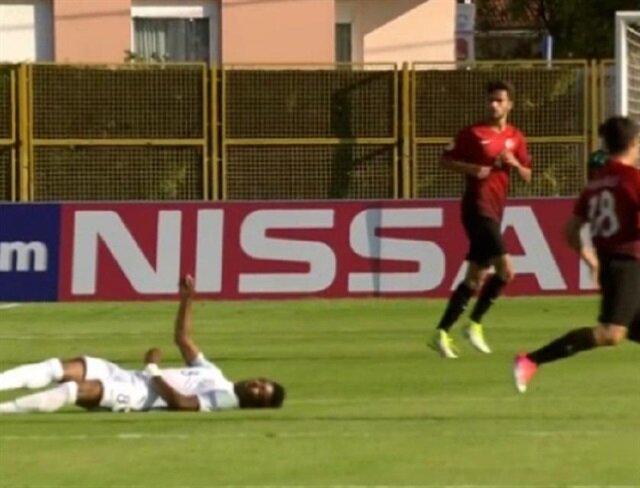 Türkiye-İngiltere maçında korku dolu anlar