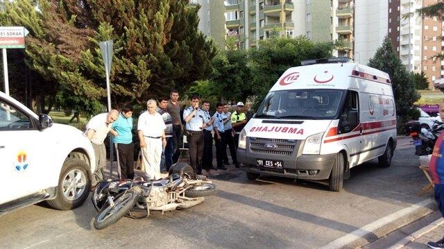 Adana'da pikap ile polis motosikleti çarpıştı: 2 polis yaralı