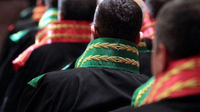FETÖ'nün sözde sıkıyönetim mahkemelerinde görevlendirmeyi planladığı tutuklu 10 eski hakim ve savcı tahliye edildi.