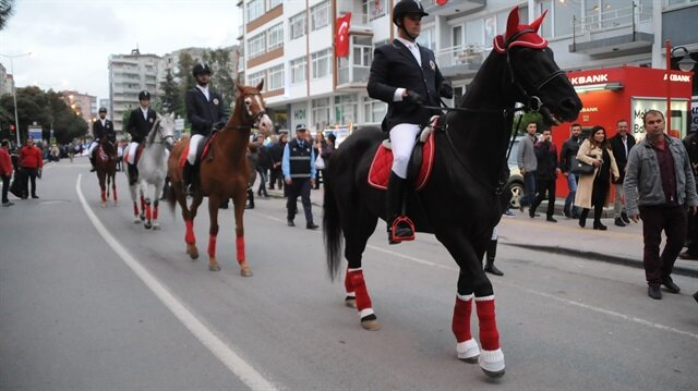 Samsun'da 19 Mayıs için fener alayı