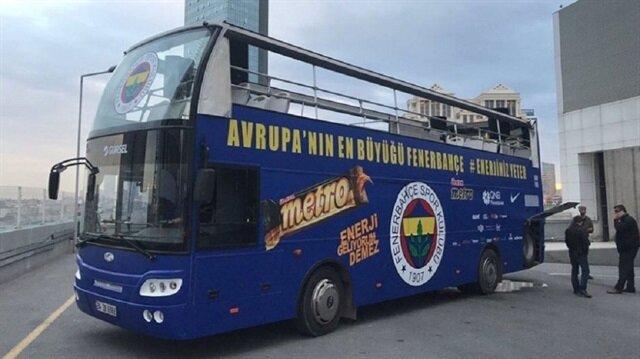 Fenerbahçe Erkek Basketbol Takımı'nı taşıyacak otobüs.