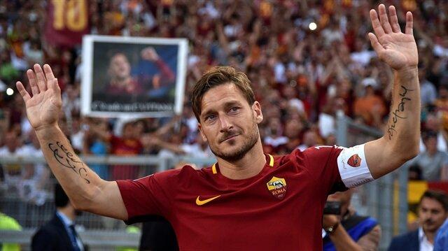 Roma'nın efsane futbolcusu Francesco Totti, son kez sarı kırmızı formayı giydi.