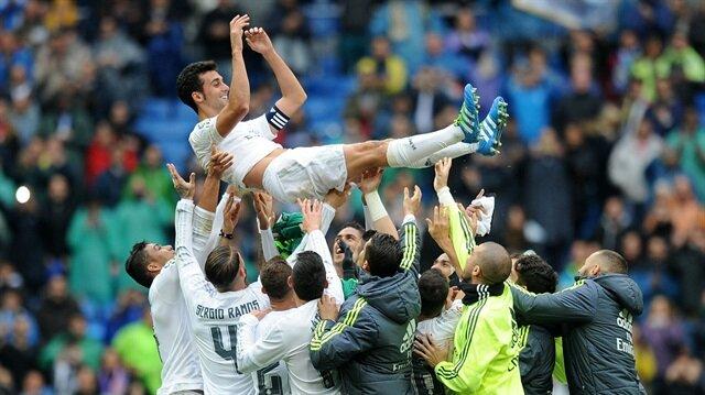 Real Madrid formasını en çok giyen futbolcular arasında yer alan Alvaro Arbeloa, kariyerini noktaladı.