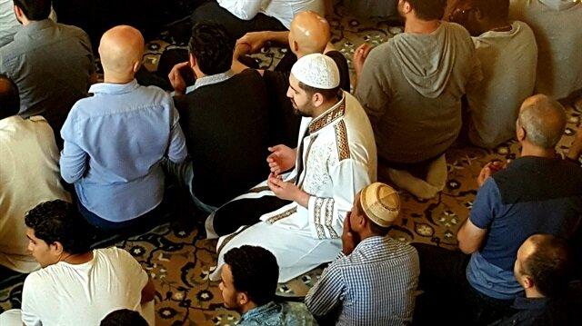 Ramazan Bayramı kutlanıyor.