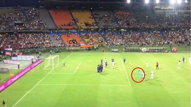 Fenerbahçe'nin listesinde bulunan Ospina özel maçta kullandığı serbest vuruşla adından söz ettirdi.