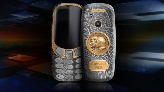 Trump ve Putin'e özel tasarım Nokia 3310