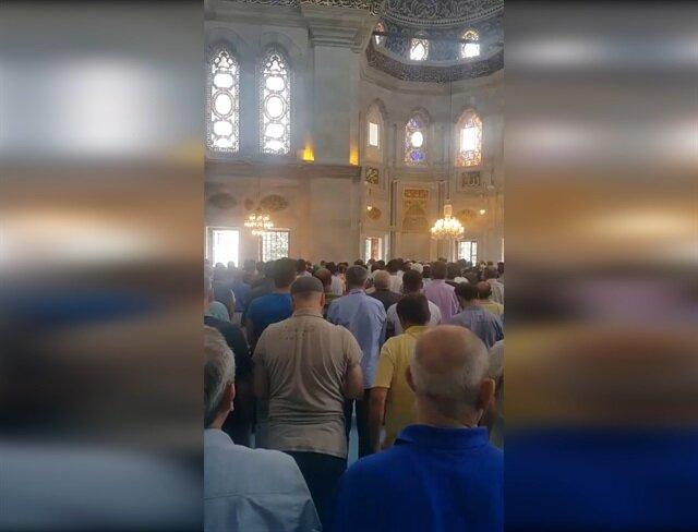 Nuru Osmaniye Camiinde duygulandıran anlar!
