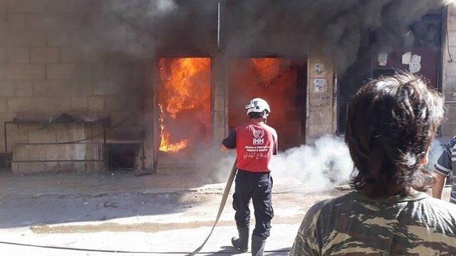 İdlib'de fırında çıkan yangını İHH ekipleri söndürdü
