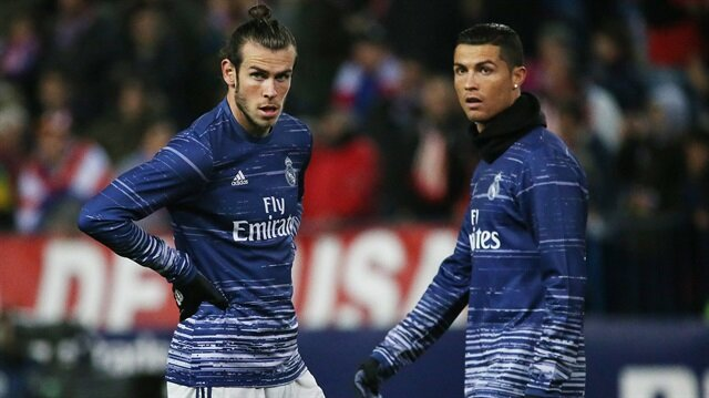 Gareth Bale, transfer gelişmelerinden haberi olmadığını söyledi.