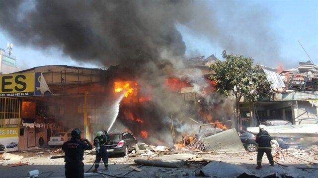 Samsun'da sanayide büyük çaplı yangın! Patlama sesi duyuldu!